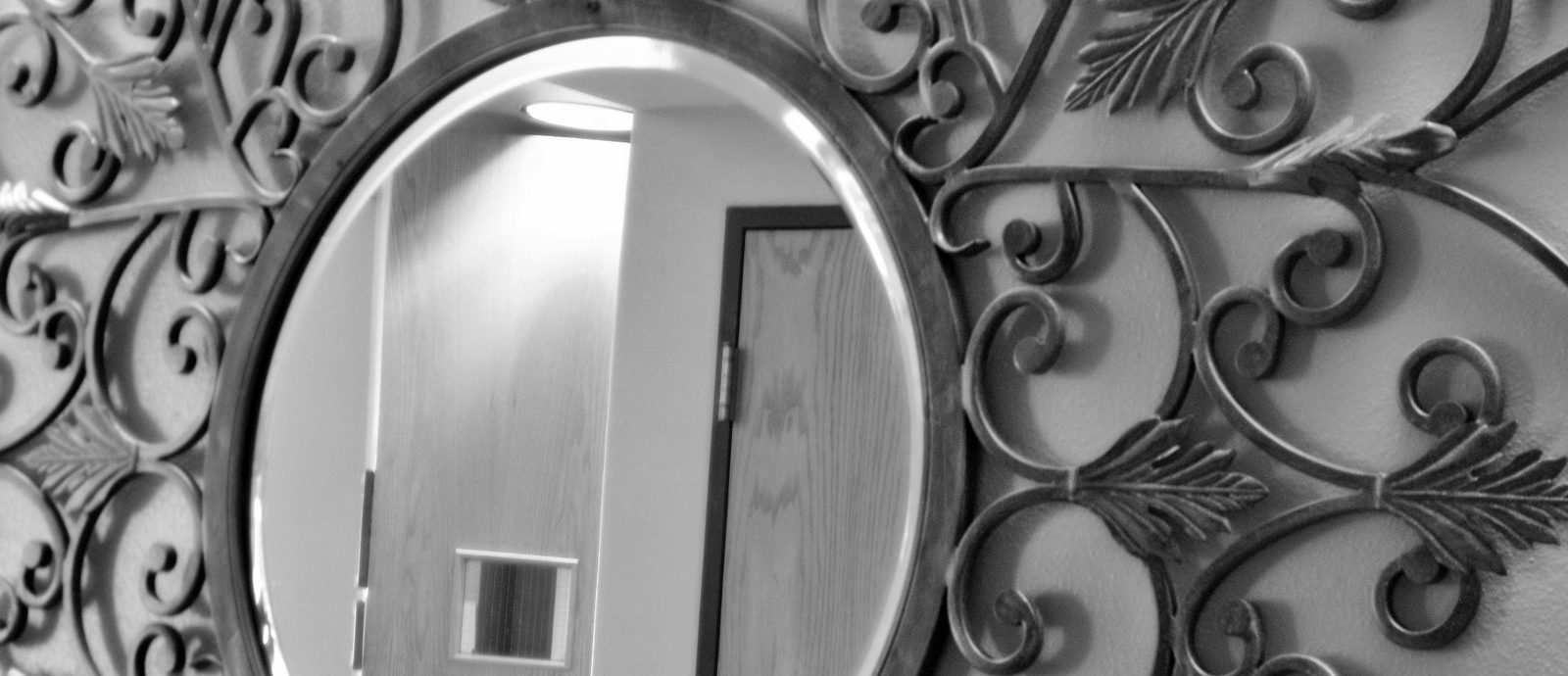 зеркало с металлом