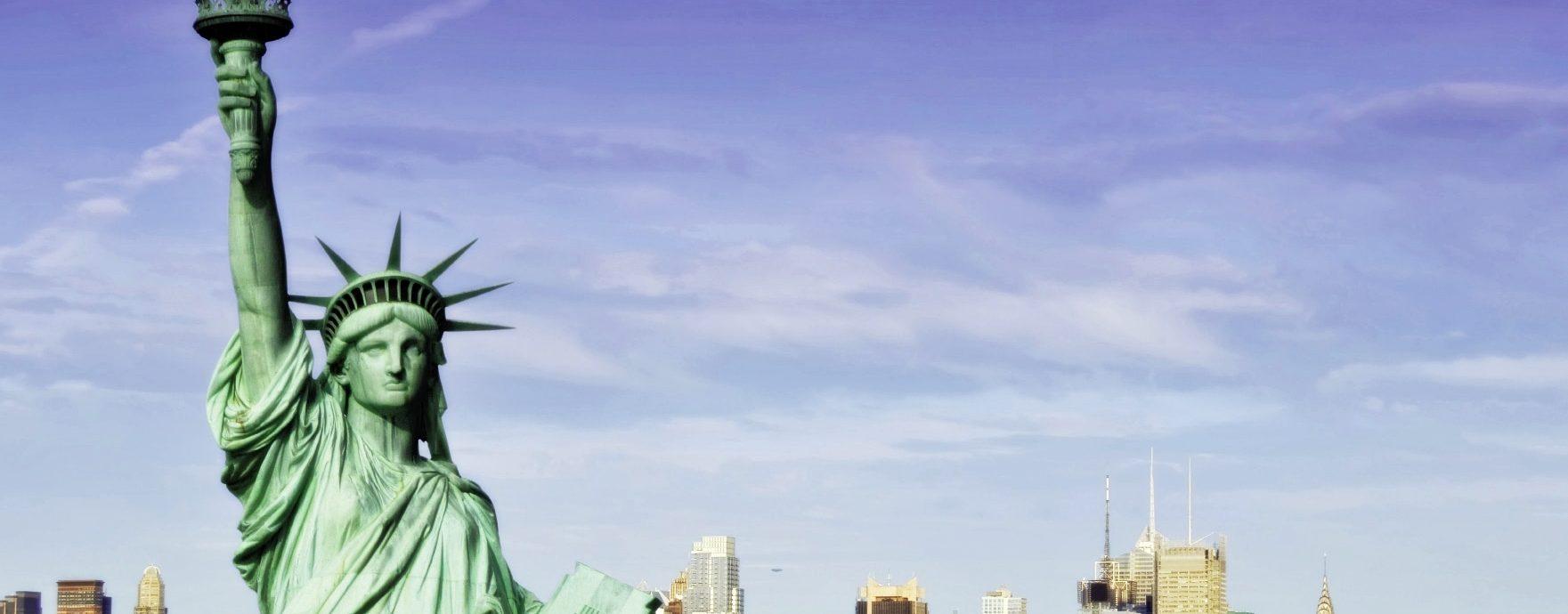 статуя свободы из меди